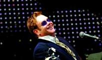Elton-John-elton-john-149292_1181_819